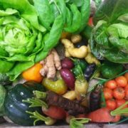 Local, Organic Veggie Box