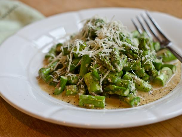 Raw Asparagus Caesar Salad